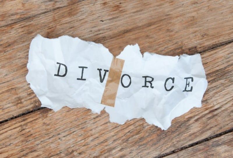 divorce cropped1 min